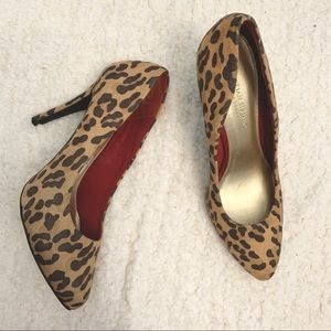 CHRISTIAN SIRANO | Leopard Print Pumps Size 10